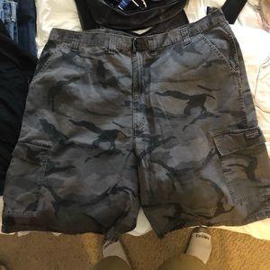 Dickies camo shorts
